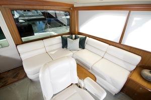 52' Viking Sport Yacht 2010 DSC_2926.jpg