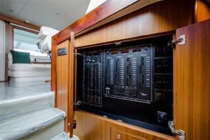 52' Viking Sport Yacht 2010 19.jpg