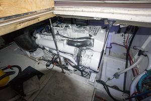 41' Hatteras 41 Convertible w/ Cummins power 1986 DSC00392.jpg
