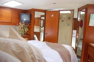 55' Ocean Yachts 55 Convertible Super Sport 1990 16.jpg