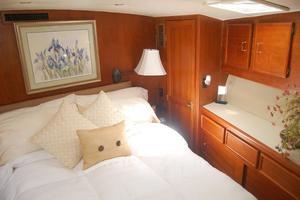 55' Ocean Yachts 55 Convertible Super Sport 1990 19.jpg