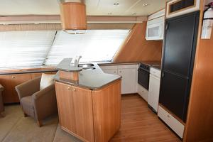 47' Bayliner 4788 2000 DSC_0014.JPG
