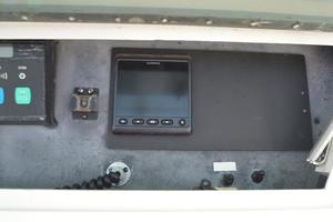 57' Viking Convertible 1990 Garmin Digital Depth