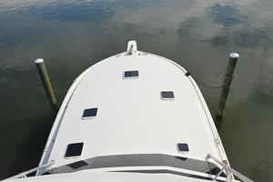 57' Viking Convertible 1990 Bow