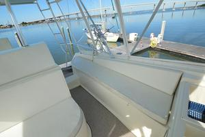 57' Viking Convertible 1990 Port Helm Deck Seating