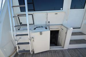 57' Viking Convertible 1990 Engine Room Access