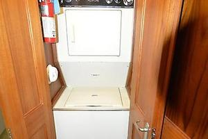 57' Viking Convertible 1990 Washer / Dryer