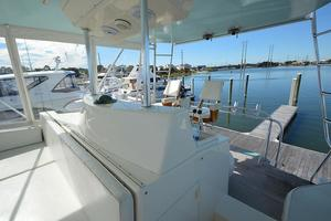 57' Viking Convertible 1990 Helm Console