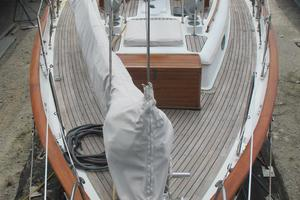 43' Hans Christian Traditional 1985 Looking aft