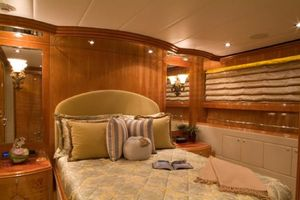 114' Hargrave Raised Pilothouse 2009 VIP Stateroom