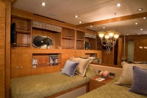 114' Hargrave Raised Pilothouse 2009 Port Guest Stateroom