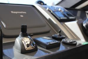 40' Marquis 40 SC 2008 Helm: IPS Joystick