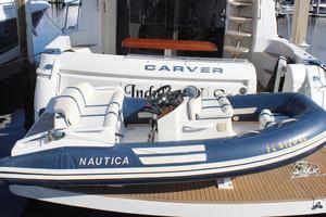 56' Carver Voyager Sky Lounge 2006