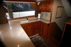 50' Viking Custom 50 Convertible w/Tower 1997 Galley