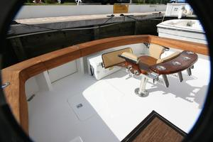 50' Viking Custom 50 Convertible w/Tower 1997 Cockpit