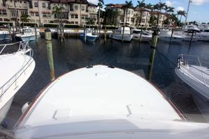 50' Viking Custom 50 Convertible w/Tower 1997 Bow