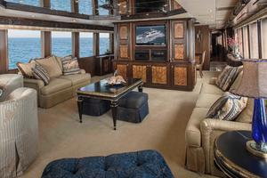 100' Hatteras 100 Motor Yacht 2001 Salon Forward