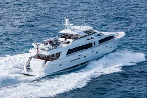 100' Hatteras 100 Motor Yacht 2001 Running Starboard Side Aft