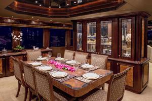 100' Hatteras 100 Motor Yacht 2001 Dining Room