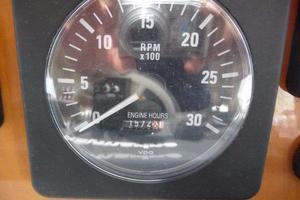50' Navigator 5000 Classic 1998 Gauge
