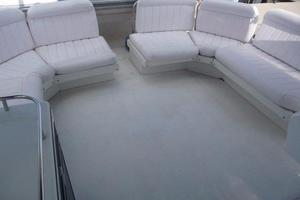 50' Navigator 5000 Classic 1998 Bridge Seating