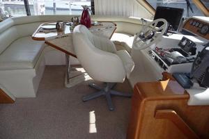 50' Navigator 5000 Classic 1998 Pilothouse Helm