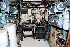Henriques-44-Sportfish-1989--Long-Island-New-York-United-States-Engine-Room-929634