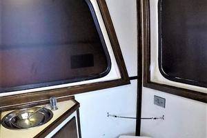 50' Custom Carman 50 Seaflex Walkaround 2001 Head
