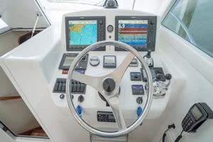 37' Ocean Yachts 37 Billfish 2009 Lower Electronics