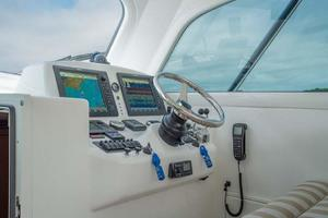 37' Ocean Yachts 37 Billfish 2009 Lower Helm