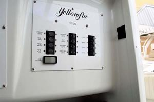 Yellowfin-42-Open-2009-Hard-Charger-Pompano-Florida-United-States-Electrical-Panel-929764