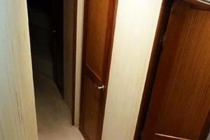46' Ocean Yachts 46 Super Sport 2007 Companionway Forward to Staterooms