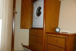photo of Ocean-Yachts-46-Super-Sport-2007-Nutz-N-Boltz-Atlantic-City-New-Jersey-United-States-Laundry-928338