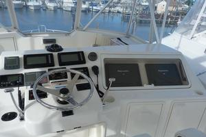 46' Ocean Yachts 46 Super Sport 2007 Helm Seating