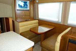 photo of Ocean-Yachts-46-Super-Sport-2007-Nutz-N-Boltz-Atlantic-City-New-Jersey-United-States-Dinette-928331