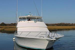 55' Viking 55 Convertible 1998 Starboard Bow