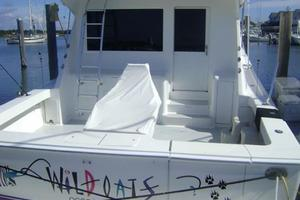 55' Viking 55 Convertible 1998 Transom