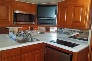 43' Viking Open 43 1995 Galley