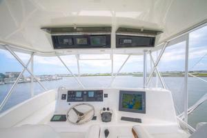 42' Post Convertible 2006 Electronics Box/Helm