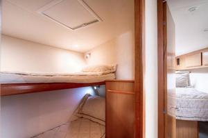 42' Post Convertible 2006 Guest Cabin