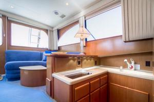 42' Post Convertible 2006 Galley