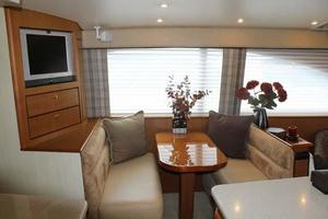Ocean-Yachts-46-Convertible-Sportfish-2006-Sticks-and-Stones-Cape-May-New-Jersey-United-States-Dinette-927924