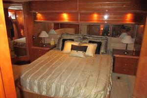 64' Sunseeker Manhattan 64 2003 Mid Master