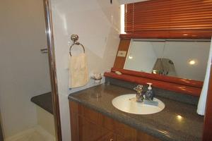 64' Sunseeker Manhattan 64 2003 Master Vanity and Sink