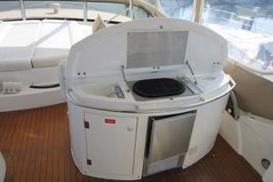 64' Sunseeker Manhattan 64 2003 F/B Grill and Icemaker