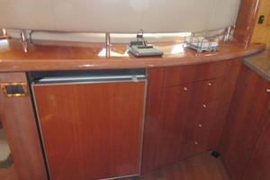 64' Sunseeker Manhattan 64 2003 Refrigerator