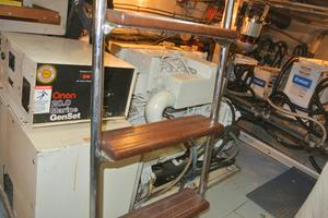Hatteras-67-Cockpit-Motor-Yacht-1988-Lady-Encore-Saint-Petersburg-Florida-United-States-Generator-Room-926211