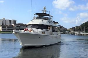 Hatteras-67-Cockpit-Motor-Yacht-1988-Lady-Encore-Saint-Petersburg-Florida-United-States-Bow-Profile-926169