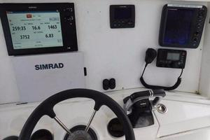 49' Millennia Catamaran Center Console S/f 2009 Electronics