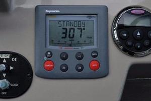 Sea-Ray-Sundancer-2008-Irish-Wake-Vancouver-Canada-Autopilot-386807